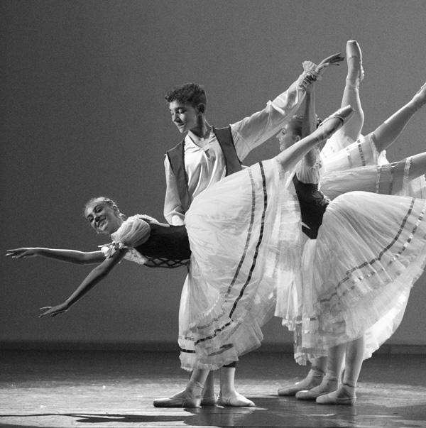 Scuola di Danza per Ragazzi
